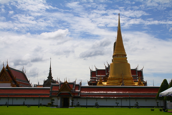 5 Must See Attractions In Bangkok Thailand